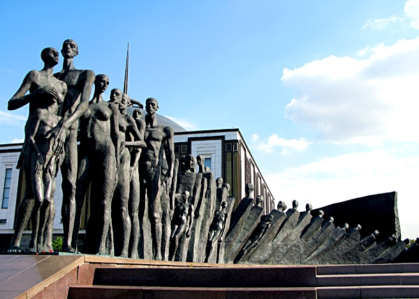"Sculpture ""Tragedy of the nations"" in Victory Park"