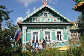 Dacha tour with Irina (home hosted visit)